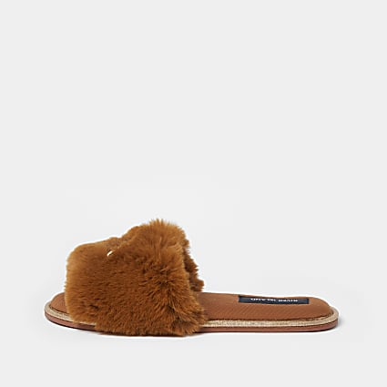 Brown RI faux fur open toe slippers