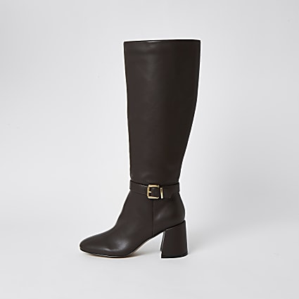 Brown RI high leg boots