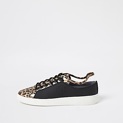 Brown RI leopard print plimsoles