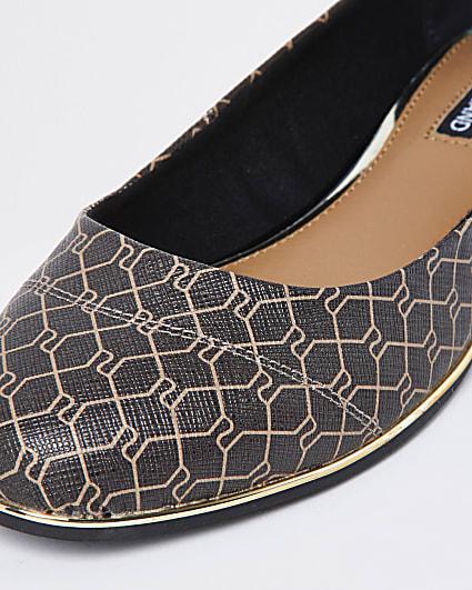 Brown RI monogram ballet shoes