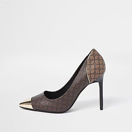 Brown RI monogram court shoe