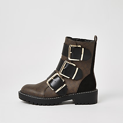 Brown RI monogram print buckle boots