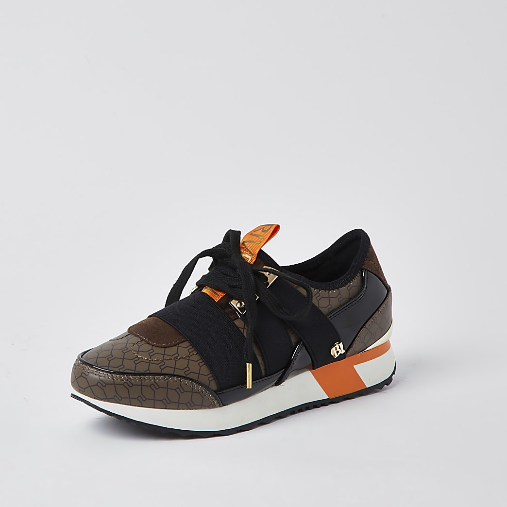 Brown RI monogram runner trainers