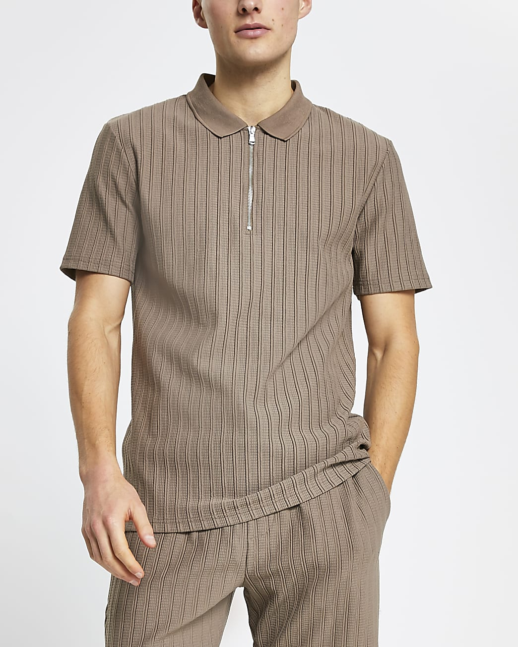 Brown ribbed slim fit short sleeve polo shirt
