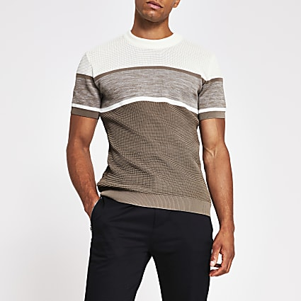 Brown short sleeve slim fit knitted t-shirt