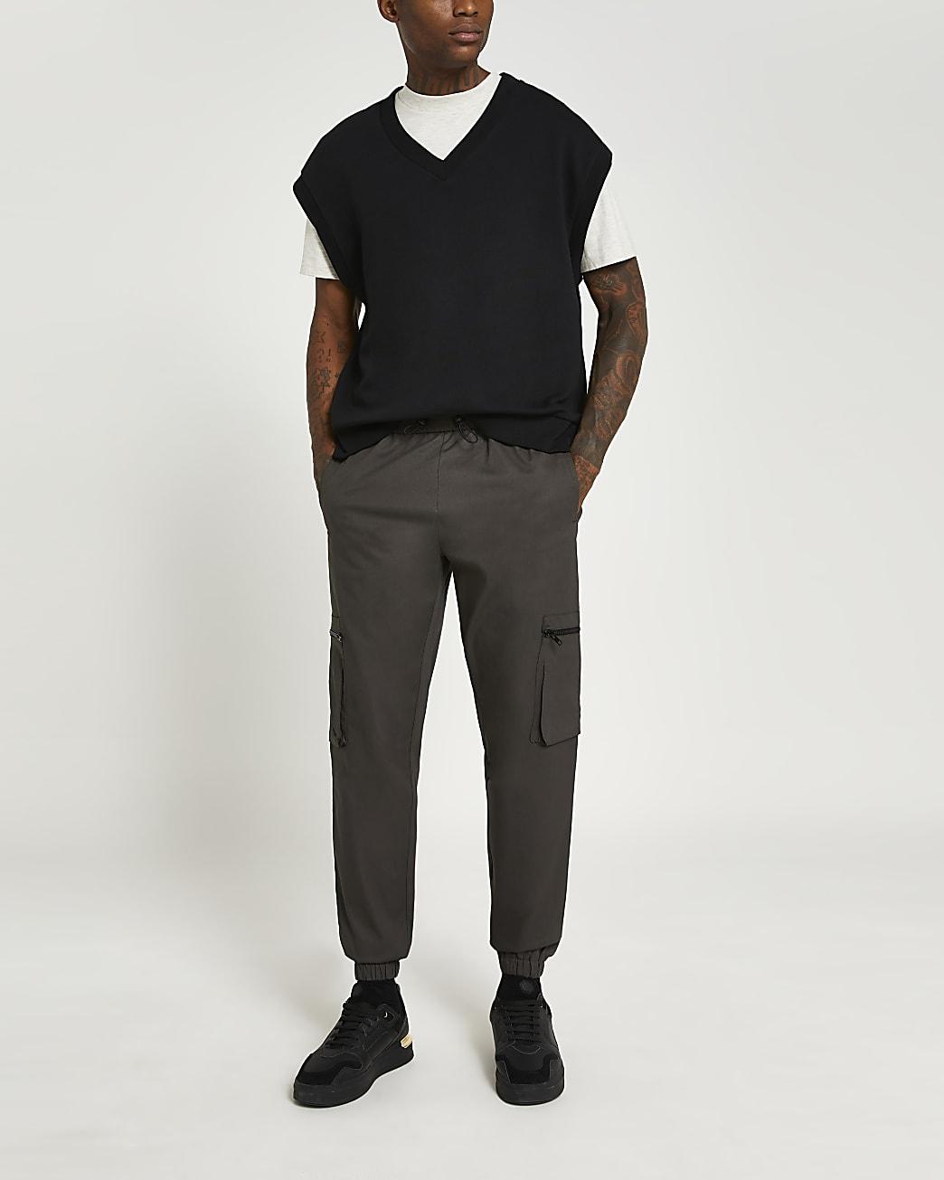 Brown slim fit cuffed hem cargo trousers