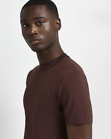 Brown slim fit smart knit t-shirt