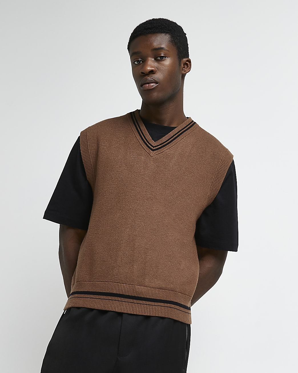 Brown slim fit v neck knitted vest