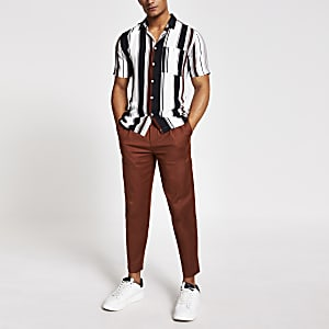 Bruin gestreept slim-fit overhemd met korte mouwen
