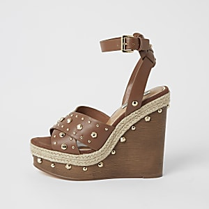 Brown studded wooden wedge sandals