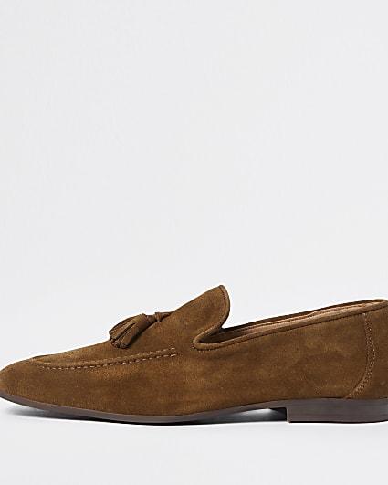 Brown tassel suede loafers