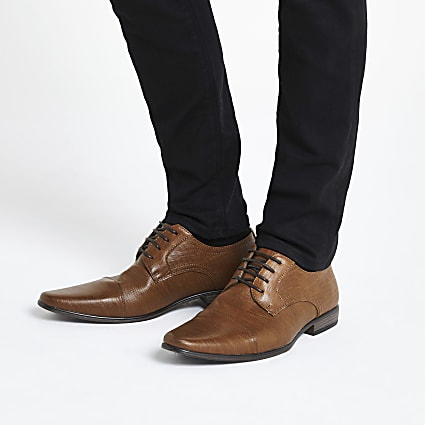 Brown textured derby shoes