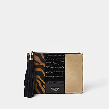 Brown tiger mix pochette bag