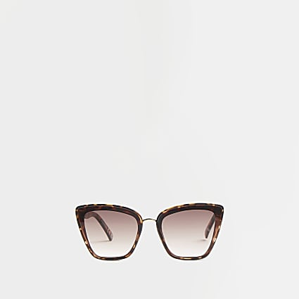 Brown tortoise studded cat eye sunglasses