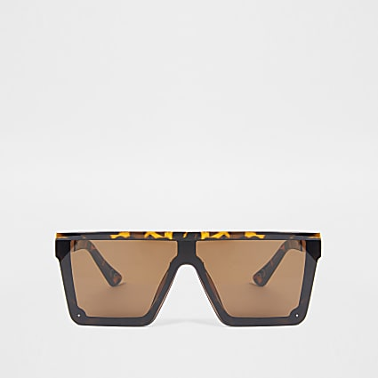 Brown tortoiseshell flat top sunglasses
