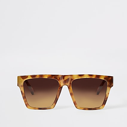Brown tortoiseshell visor sunglasses