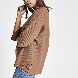 Brown V neck lace-up side knitted jumper