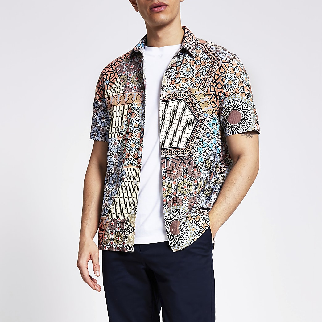 Coral printed slim fit seersucker shirt