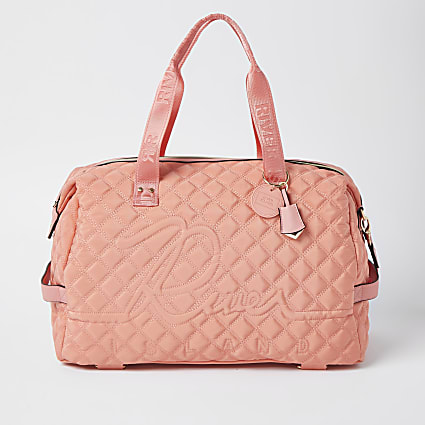 Coral quilted gym bag