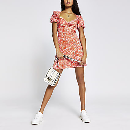 Coral short sleeve spot print mini tea dress