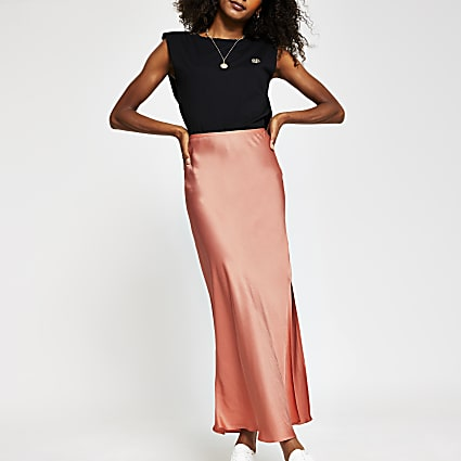Coral side split satin skirt