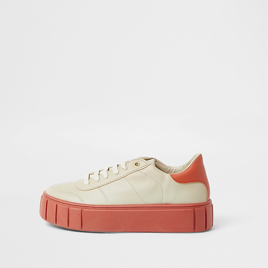 Coral sole trainer