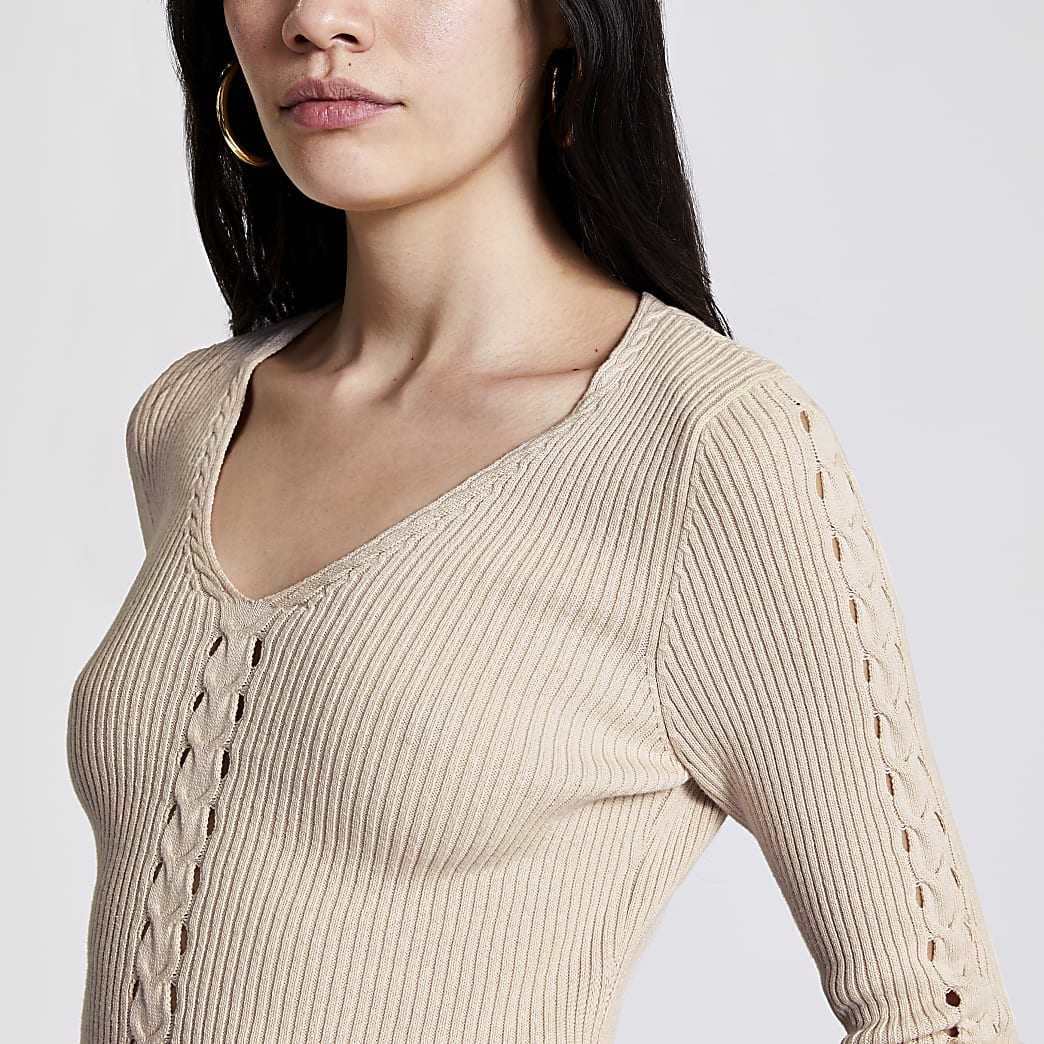 Cream cable knit V neck jumper