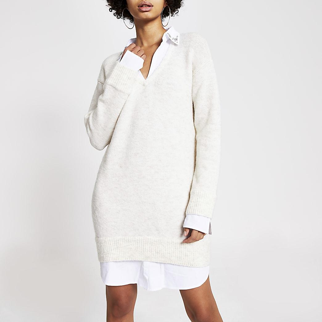 Robe-chemise pull crème ornée