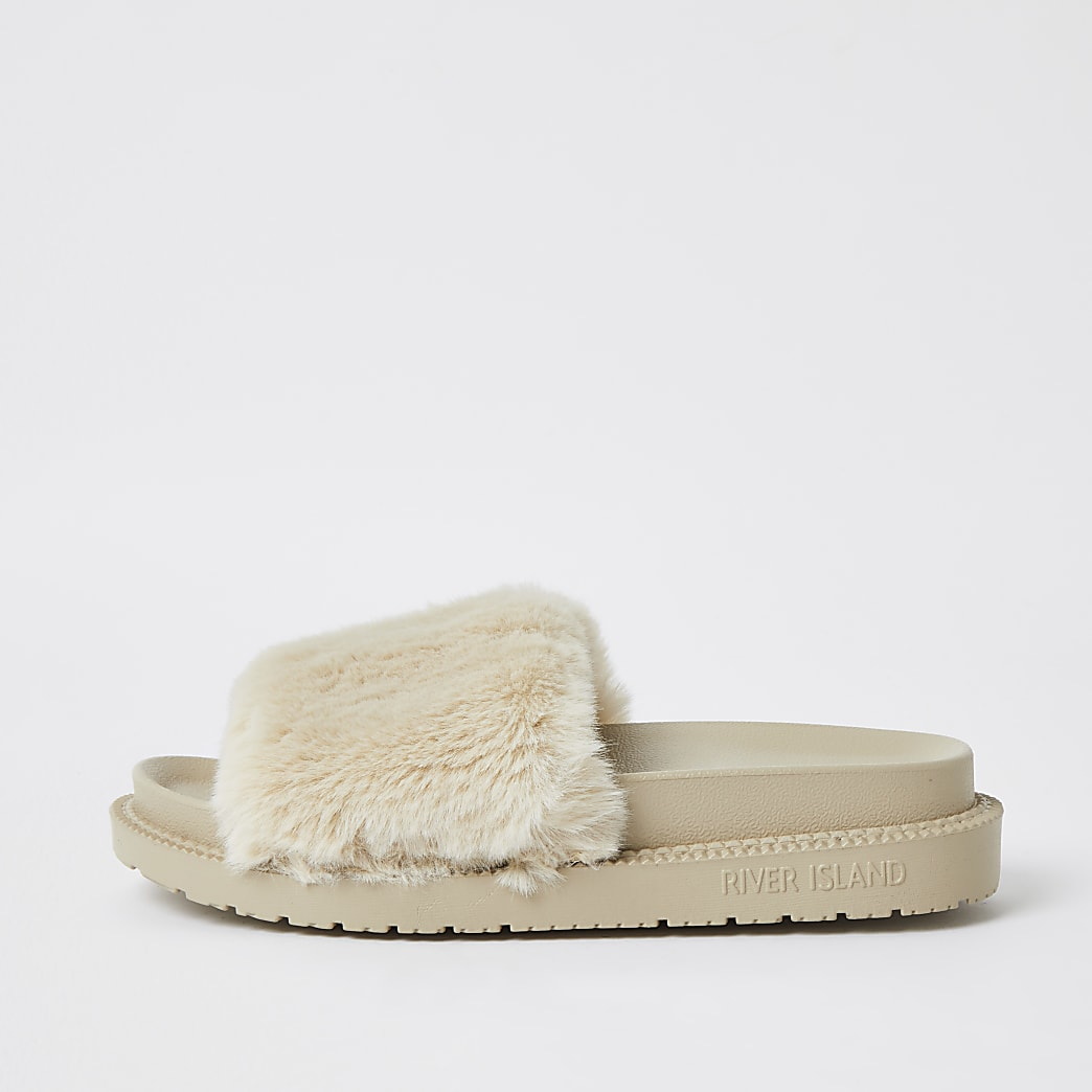 Cream faux fur sliders