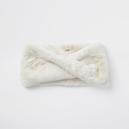 Cream faux fur twist snood scarf