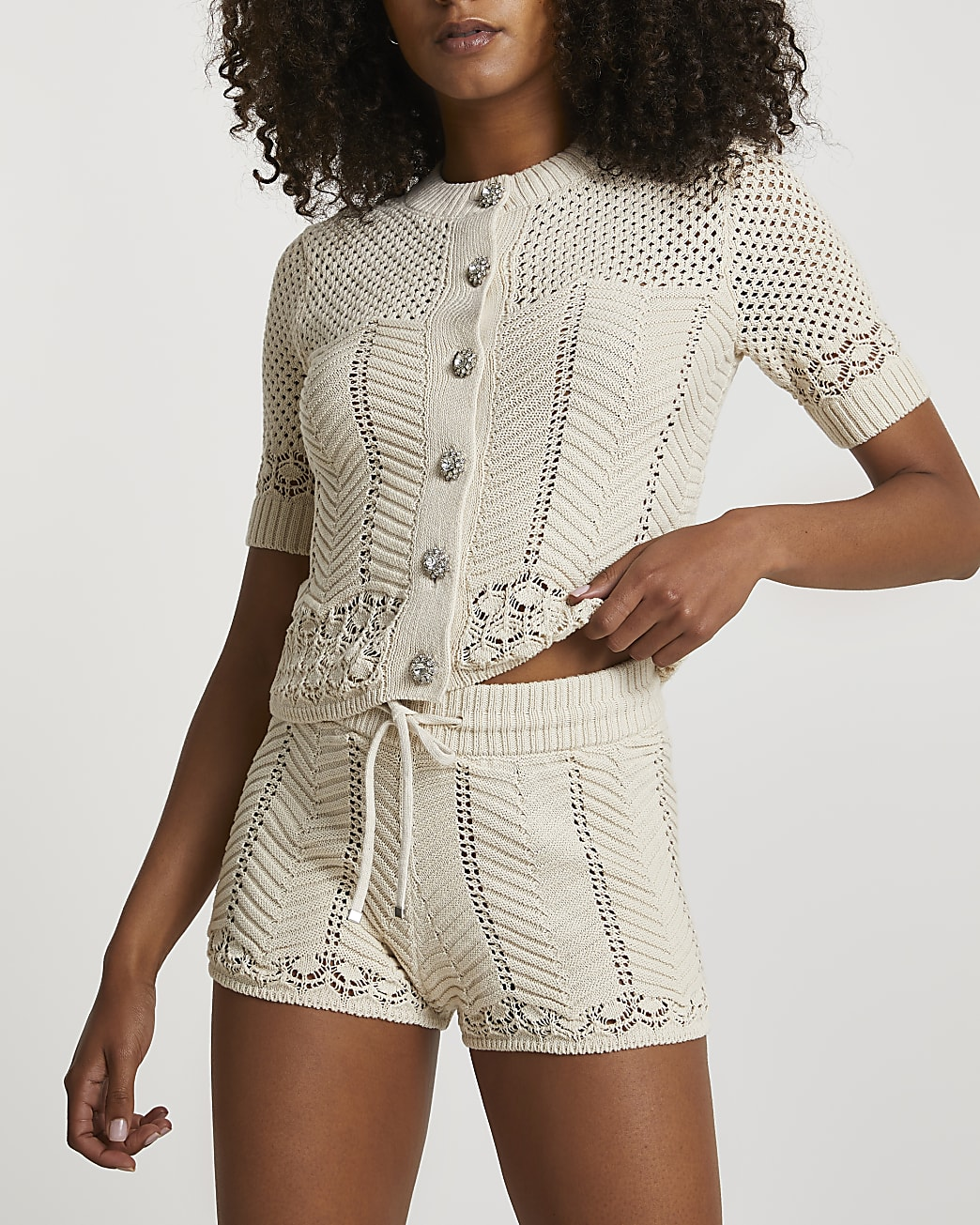 Cream knitted shorts