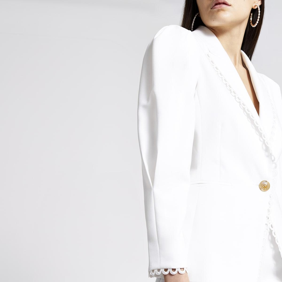 Crèmekleurige double-breasted blazer met pofmouwen