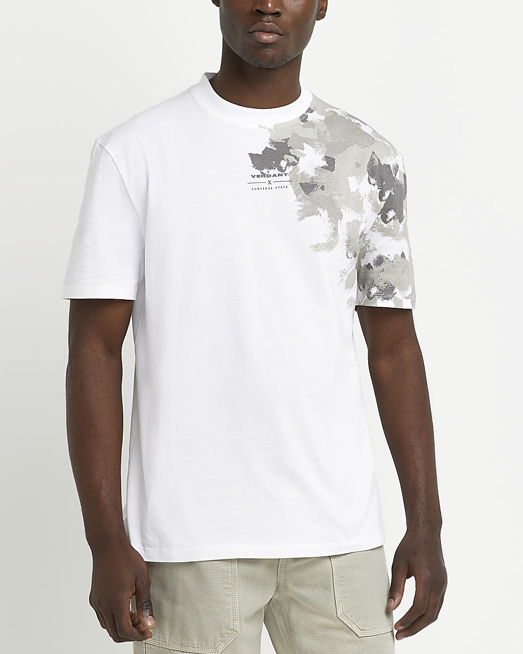 Cream regular fit camo print t-shirt