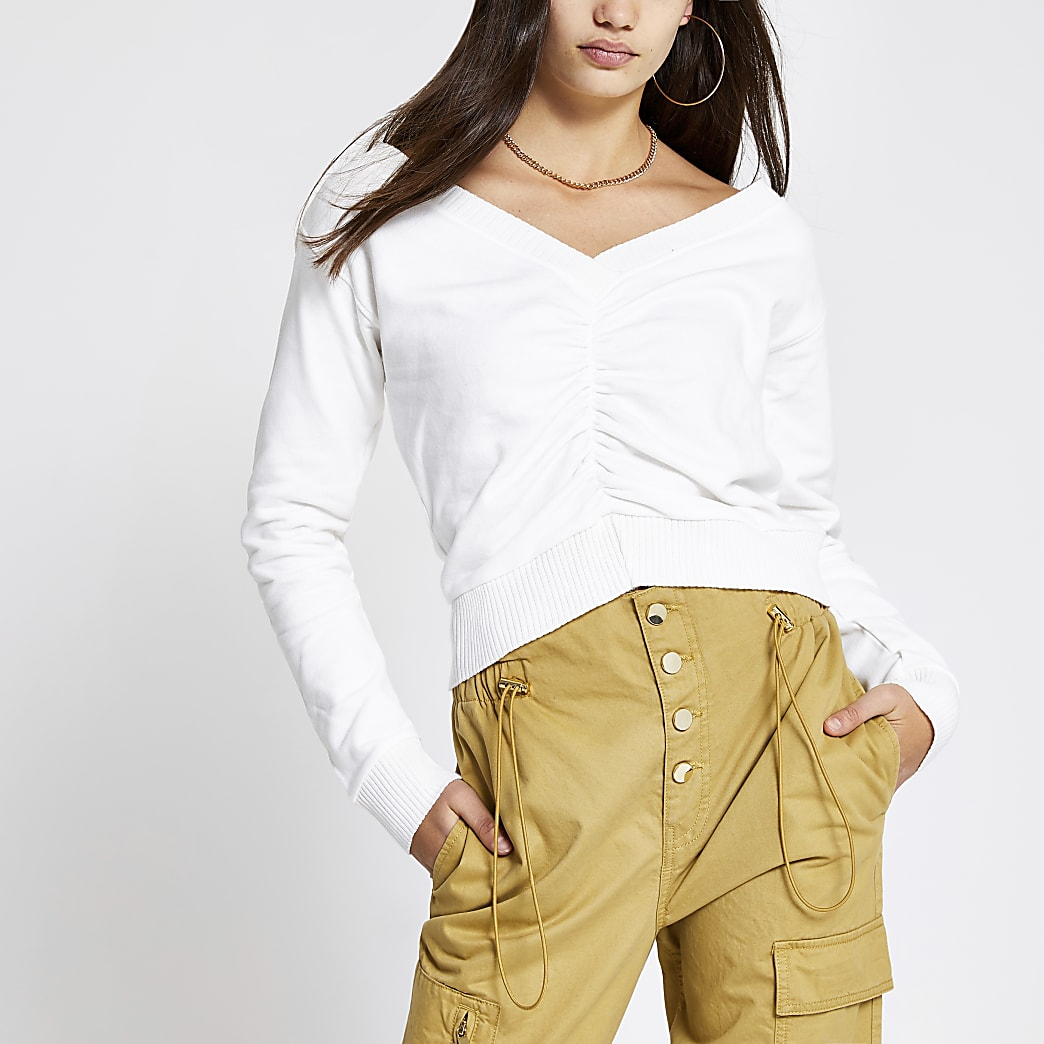 Cream ruched V neck cropped sweatshirt