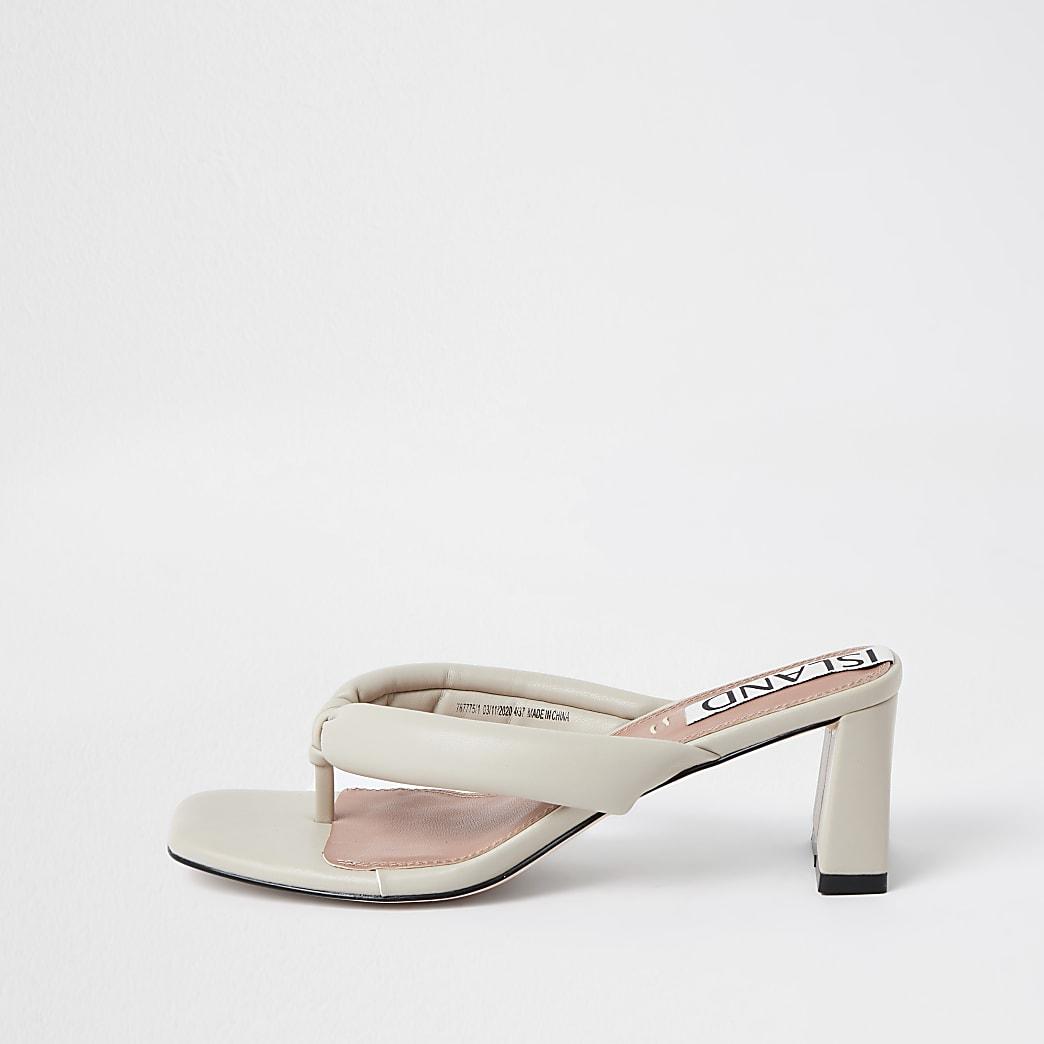 Cream toe thong block heel