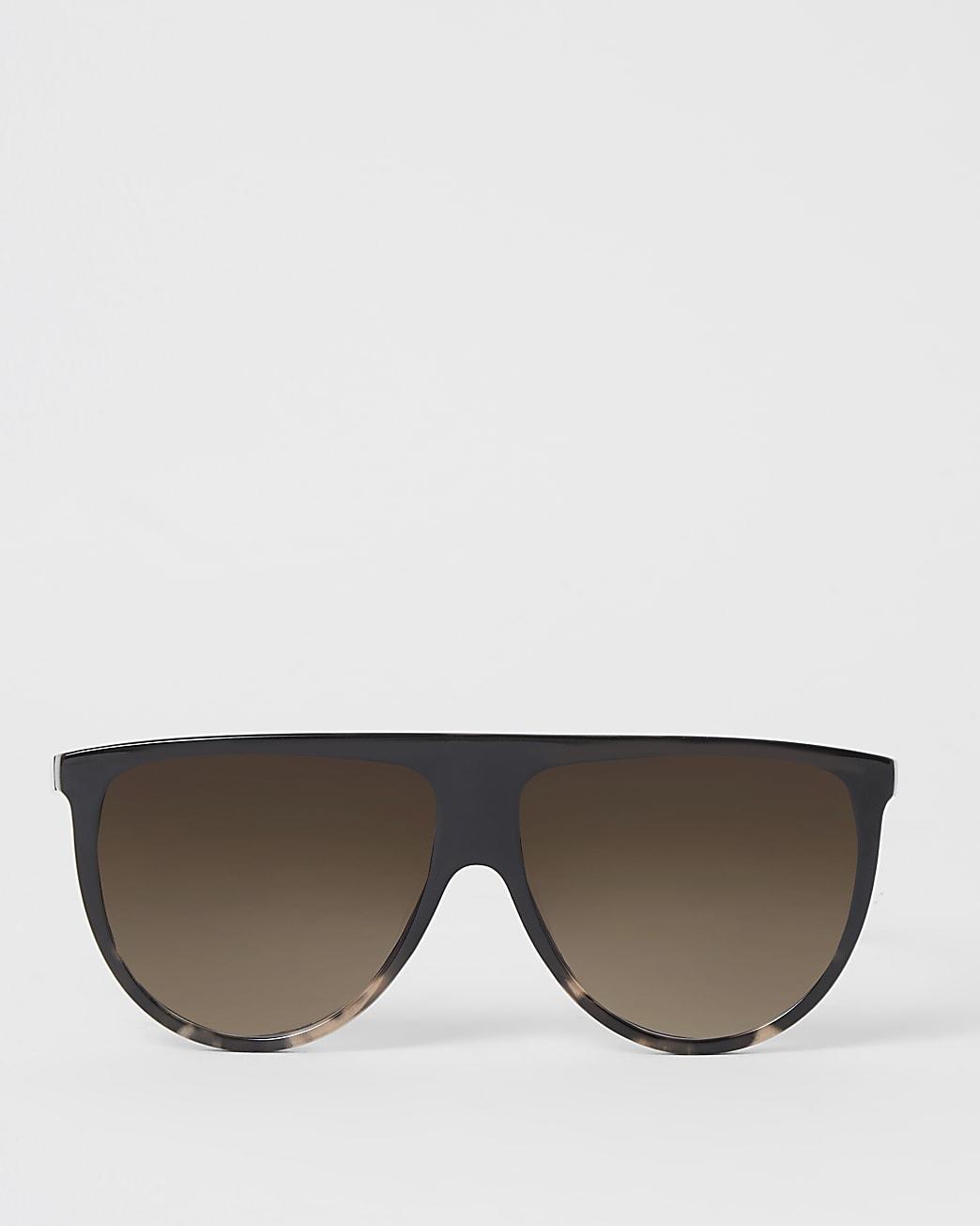 Dark brown visor sunglasses
