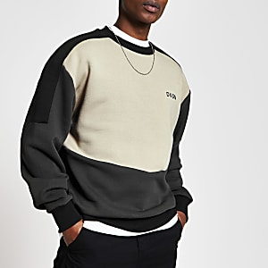 DVSN – Regular Fit Sweatshirt in steingrauen Blockfarben