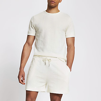 Ecru slim textured shorts