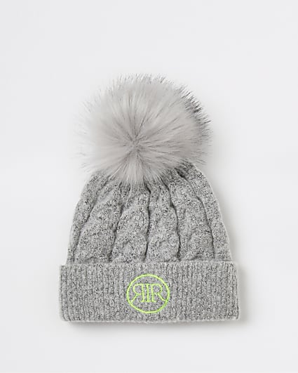 Girl grey RIR cable knit beanie hat
