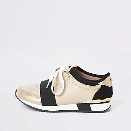Girls beige elasticated runner trainers