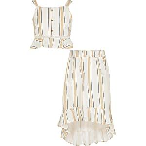 Beige outfit met gestreepte crop top met ruche voor meisjes