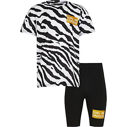 Girls black animal print shorts outfit