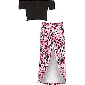 Outfit mit schwarzem Crop Top im Bardot-Stil für Mädchen