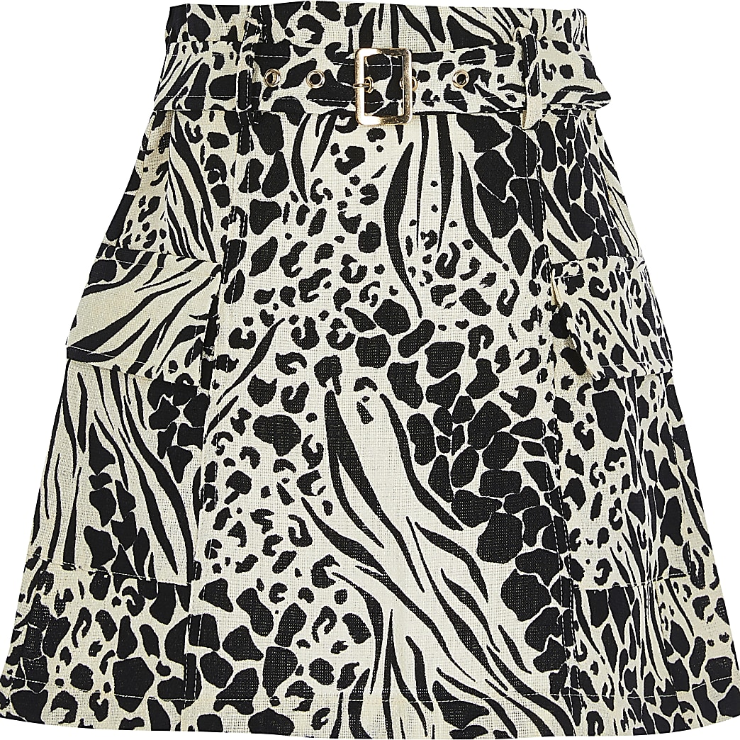 Girls black belted utility skirt