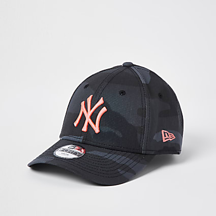 Girls black camouflage New Era NY cap