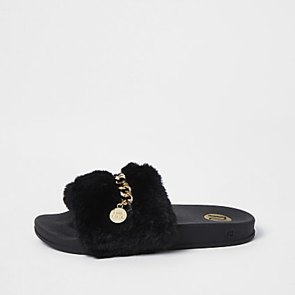 Girls black chain faux fur sliders