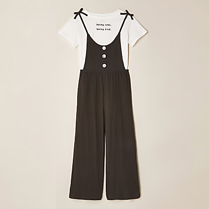 Girls black chest print t-shirt jumpsuit
