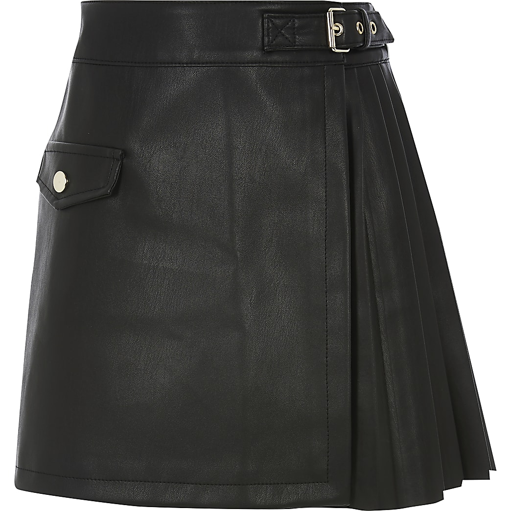 Girls black faux leather pleated skirt