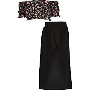 Zwarte outfit met crop top met bloemenprint en bardothalslijn voor meisjes