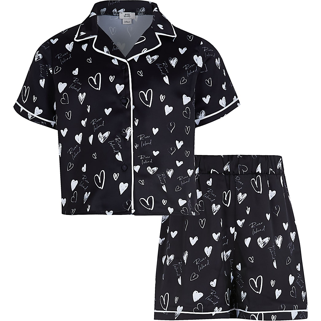 Girls black heart print satin pyjama set